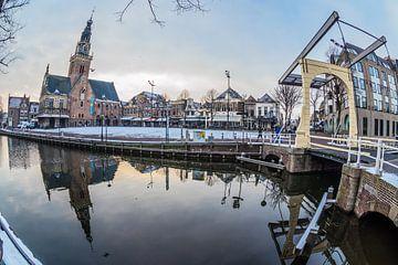 Waagplein in de winter van Peter Heins