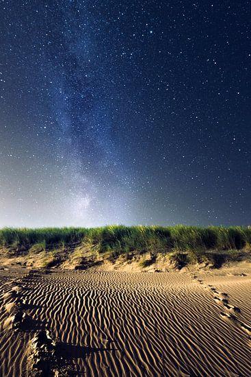 Melkweg boven de duinen van Martijn Kort