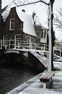 Delft - Beiaardeershuisje Kerkstraat in de sneeuw