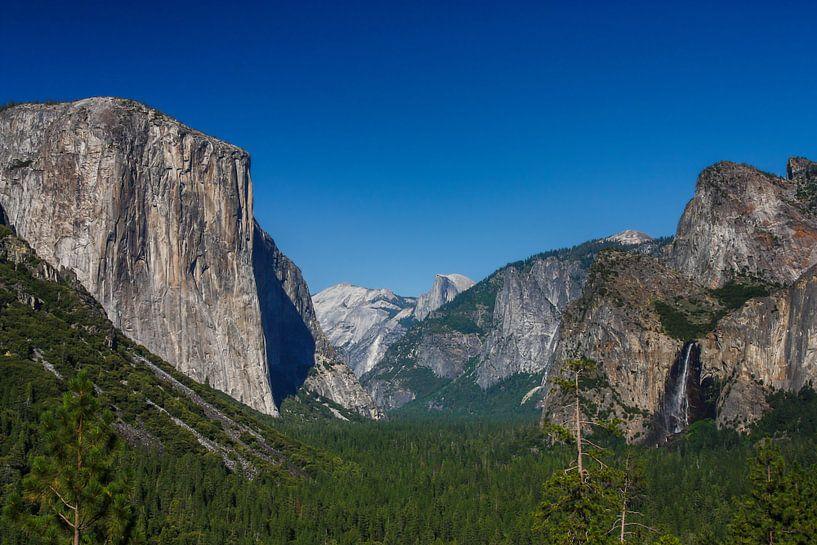 Yosemite national park sur Ilya Korzelius