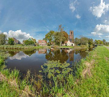 Dorpsgezicht met de Kerk Ransdorp aan de Weersloot, Ransdorp, , Noord-Holland, Nederland van Rene van der Meer