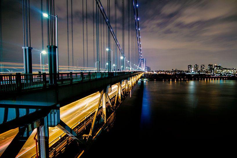 Rush hour on the bridge van Fabian Bosman