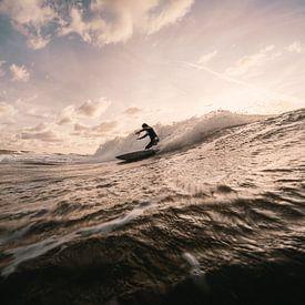 Surfer bij Domburg van Andy Troy