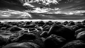 Stenen in de zee van videomundum
