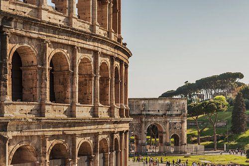 Colosseum Rome, Italy sur