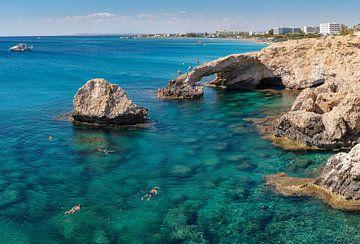Liebes-Brücke, natürlicher Bogen, Ayia Napa, Zypern, Süd-Zypern von Rene van der Meer