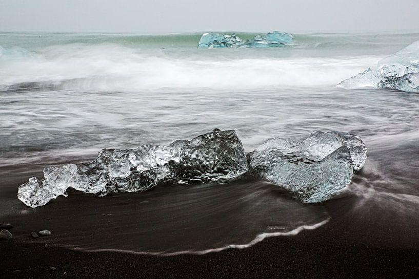 IJs voor de kust van IJsland van Ab Wubben