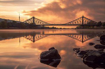 Die Blaues Wunder am Morgen von Sergej Nickel