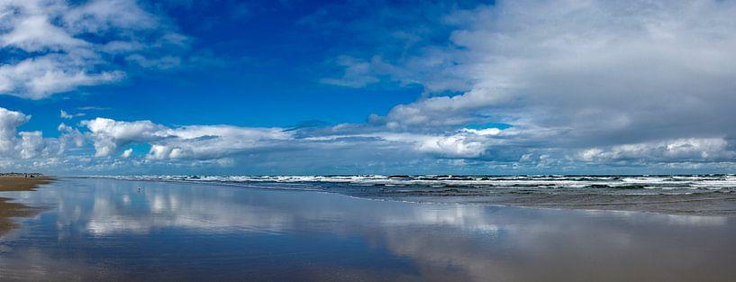 Blick auf den Strand bei Flut. von Marcel Pietersen