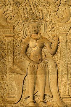 Apsara dans le complexe du temple d'Angkor Wat, Cambodge. sur Peter Schickert