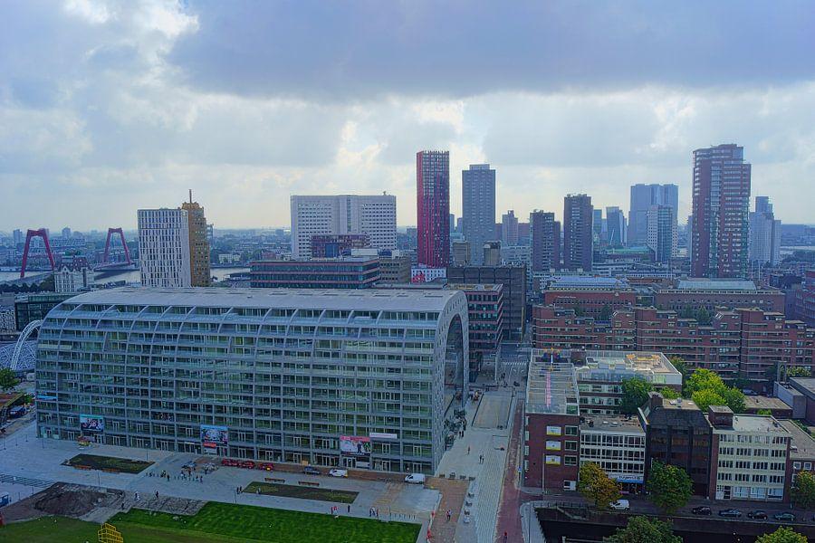 Markthal & Skyline Rotterdam van Michel van Kooten
