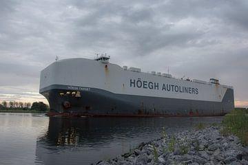 Schepen op het Noordzeekanaal. van scheepskijkerhavenfotografie