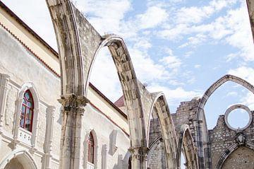 Kloster Carmo in Lissabon von Vera van den Bemt