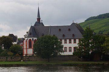 Kerk aan de moezel  van Robert Lotman