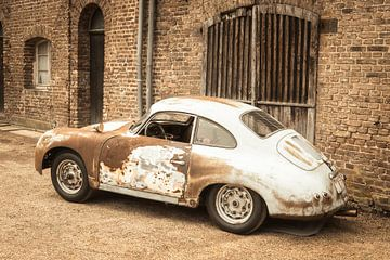 Porsche 356 Sports Car Barn trouver avec des charges de la patine de la Porsche 356 sur Sjoerd van der Wal