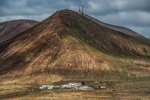 Landschap in centraal lanzarote, Canarische Eilanden van Harrie Muis