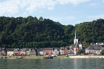 Oude stad met Rijn en collegiale kerk, St. Goar, Unesco Werelderfgoed Ober-Mittelrheintal, Rijnland- van Torsten Krüger