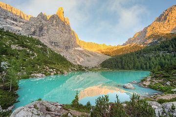 Matinée au Lago di Sorapis dans les Dolomites
