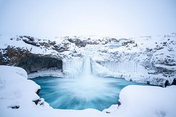 De Aldeyjarfoss op IJsland in de winter - 1 van Danny Budts