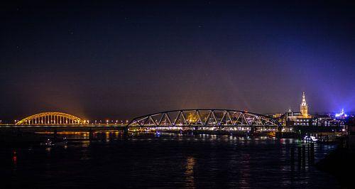 Nijmegen @ Night von Mario Kuijpers