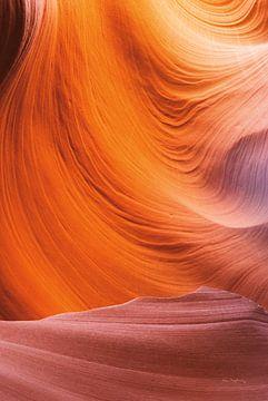 Lower Antelope Canyon VII, Alan Majchrowicz van Wild Apple