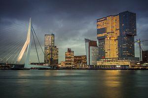 Skyline Rotterdam Erasmusbrug Willemskade van
