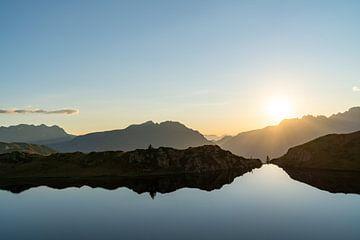 Sonnenuntergang in den französischen Alpen von Martijn Joosse