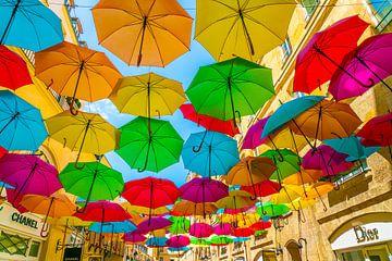 Parapluies colorés sur Ivo de Rooij