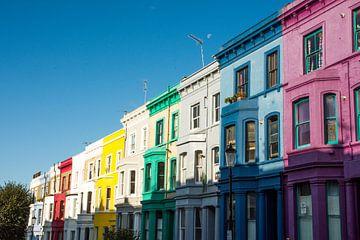 Farbige Häuser in der Lancaster Street in London von Reis Genie