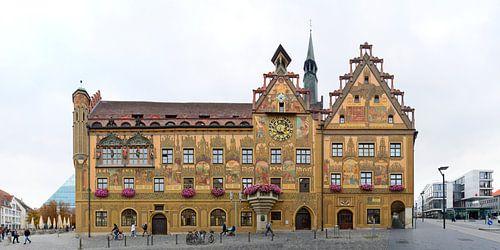 Ulmer Rathaus mit den Fresken des Martin Schaffner