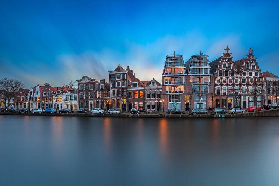 Haarlemse grachtenpanden van Dennisart Fotografie