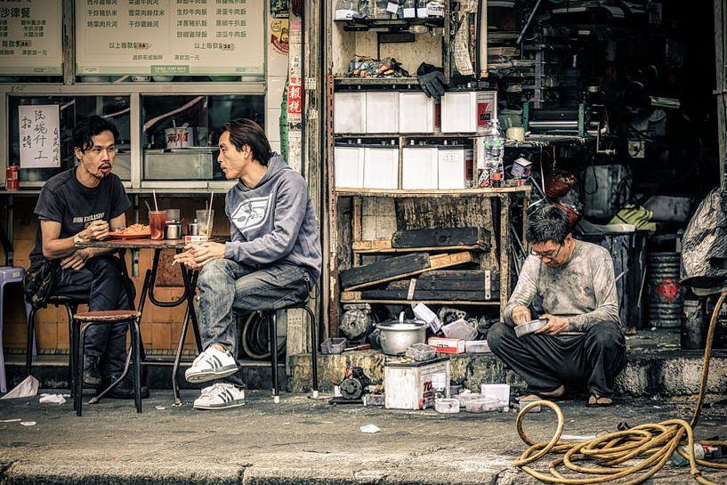 Lunch Break van Cho Tang