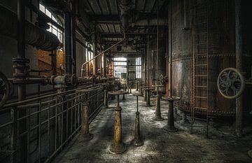 Verlassener Maschinenraum von Joren Mus