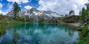 Lac Bleu in Arolla Zwitserland von Marc van Dijken