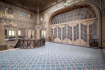 Treppenhaus in einem verlassenen Theater von Kristof Ven