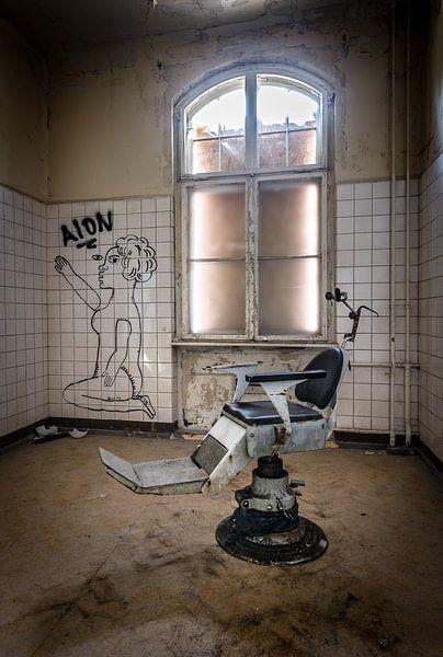 Behandelstoel tandarts van Inge van den Brande