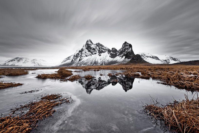 Bergkette mit Spiegelung von Ralf Lehmann