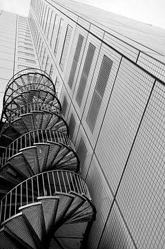Turn / Rotterdam von Sabrina Varao Carreiro