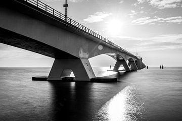Uferdamm-Brücke von Peter Deschepper