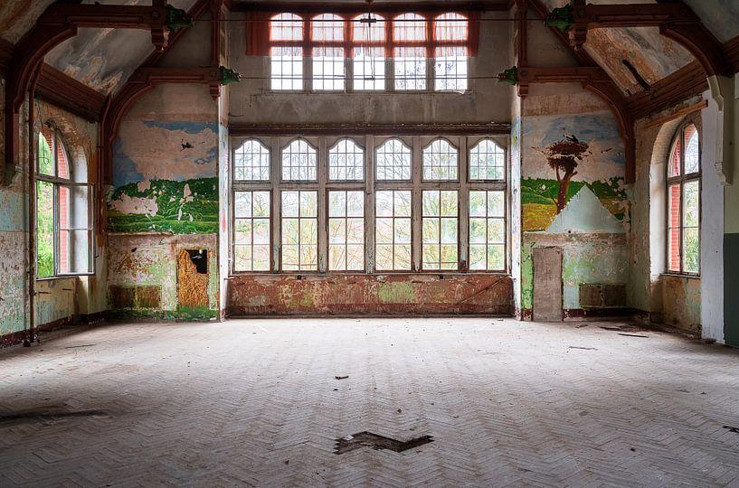 Verlaten Hal in Beelitz. van Roman Robroek