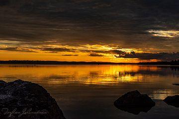 August Sonnenuntergang von Torfinn Johannessen