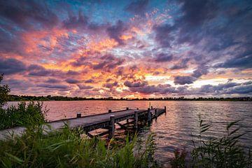Hollandse zonsondergang aan het meer van Remco Piet