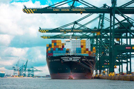Container Freighter Ship  van Floor Boers