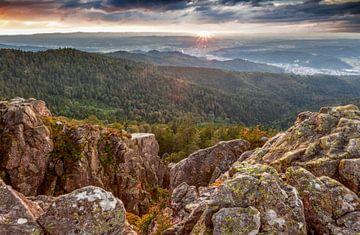 Uitzicht vanaf de Großer Kandelfelsen van Jürgen Wiesler