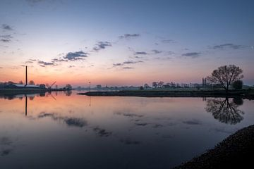 Skyline Ravenswaaij met steenfabriek van Moetwil en van Dijk - Fotografie