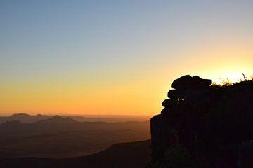 Net voor de echte zonsondergang, Zuid Afrika van Rebecca Dingemanse