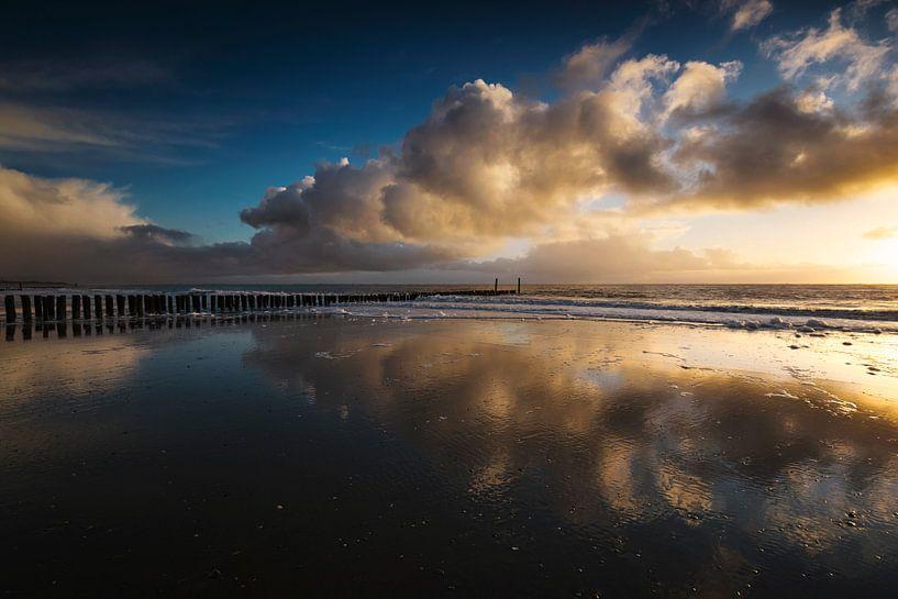 Vents d'hiver (coucher de soleil Zoutelande) sur Thom Brouwer