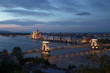 Budapest bei Sonnenuntergang von Kristof Ven
