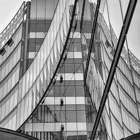 Reflecties in gebouwen / Berlijn van Ellen van Schravendijk