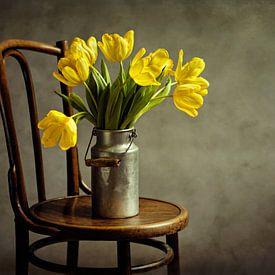 Gele Tulpen - Stilleven Met Bloemen van Diana van Tankeren